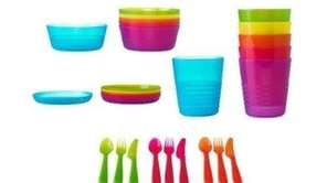 Keep an assortment of dinnerware in your dorm