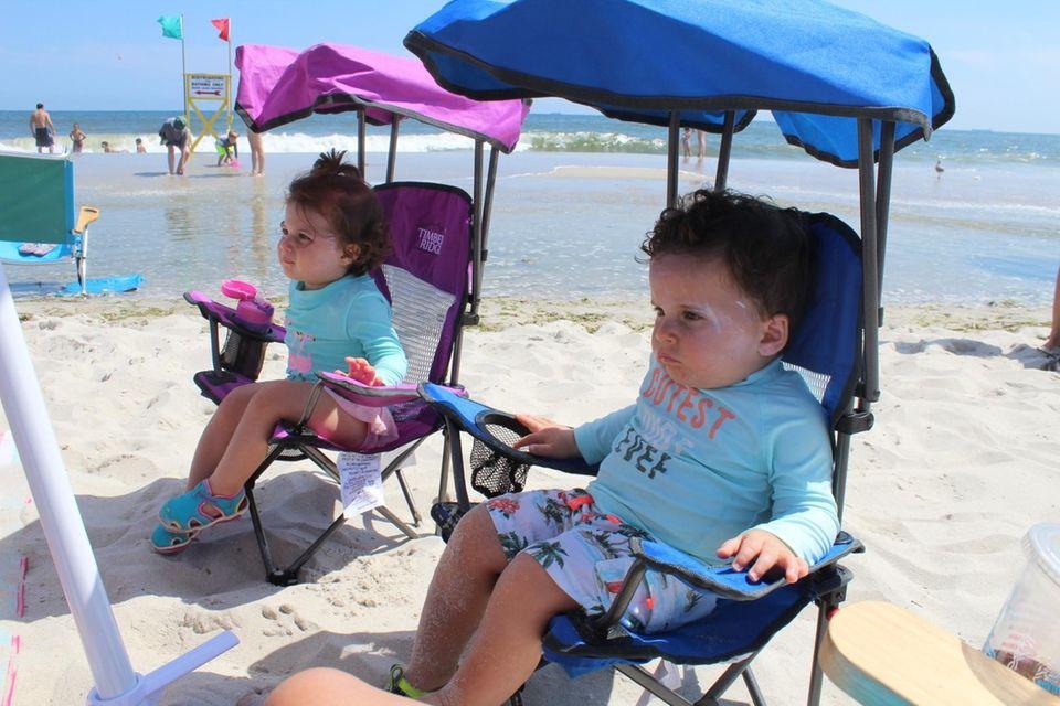 Julianna & Nicholas relaxing at Lido Beach West,