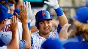 Michael Conforto of the Mets celebrates his home run