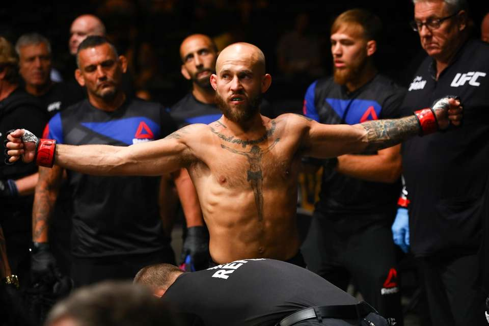 Bantamweight Brian Kelleher gets ready to enter the