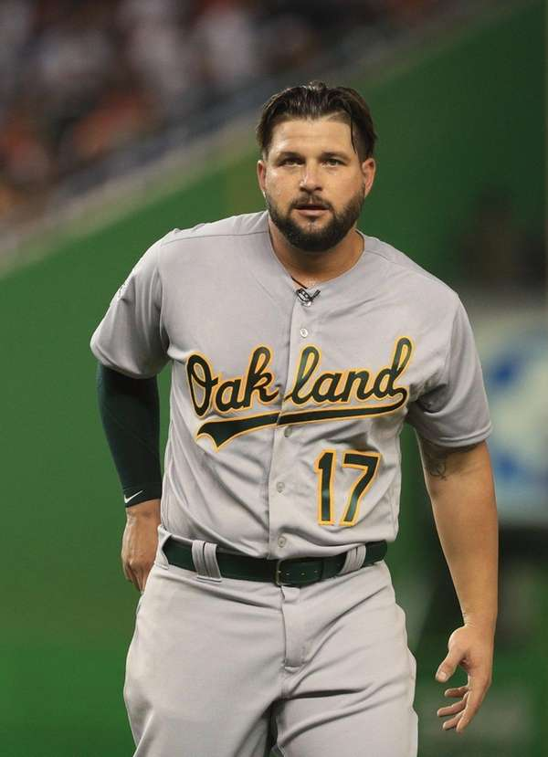 Yonder Alonso #17 of the Oakland Athletics and