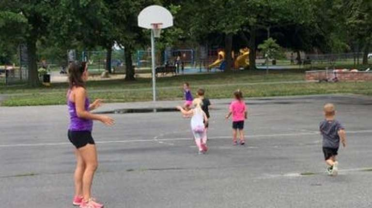 Stroller Strides Suffolk County West classes are held