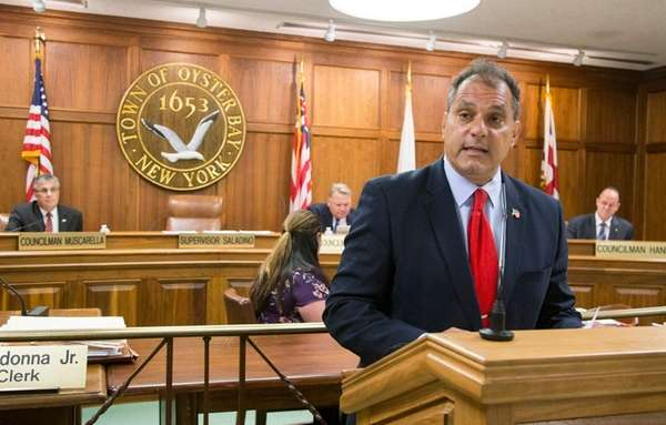 Town of Oyster Bay Supervisor Joseph Saladino delivers