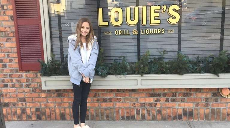 Kidsday reporter Taylor Schorr recommends the waterside restaurant