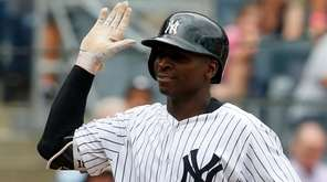 Didi Gregorius of the Yankees celebrates his home
