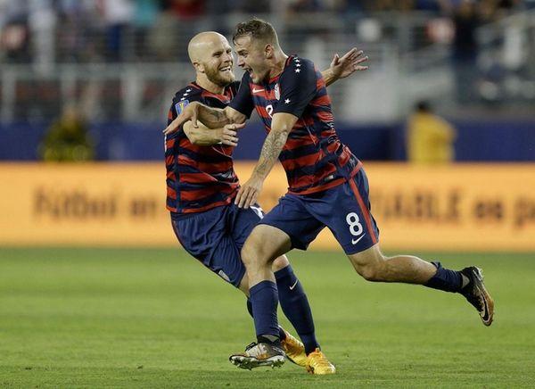United States' Jordan Morriscelebrates after scoring a goal