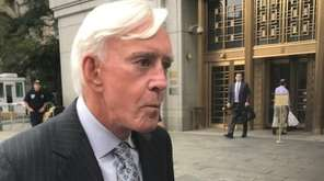 Professional gambler Billy Walters leaves federal court in