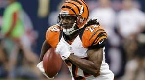 Cincinnati Bengals' Adam Jones runs the ball against