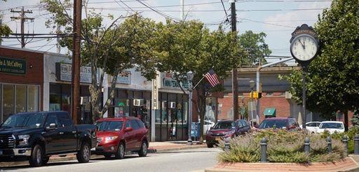 Lindenhurst officials are seeking grants to fund development