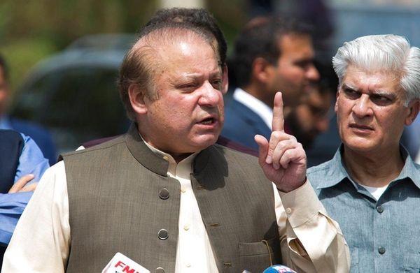 Pakistani Prime Minister Nawaz Sharif speaks to reporters