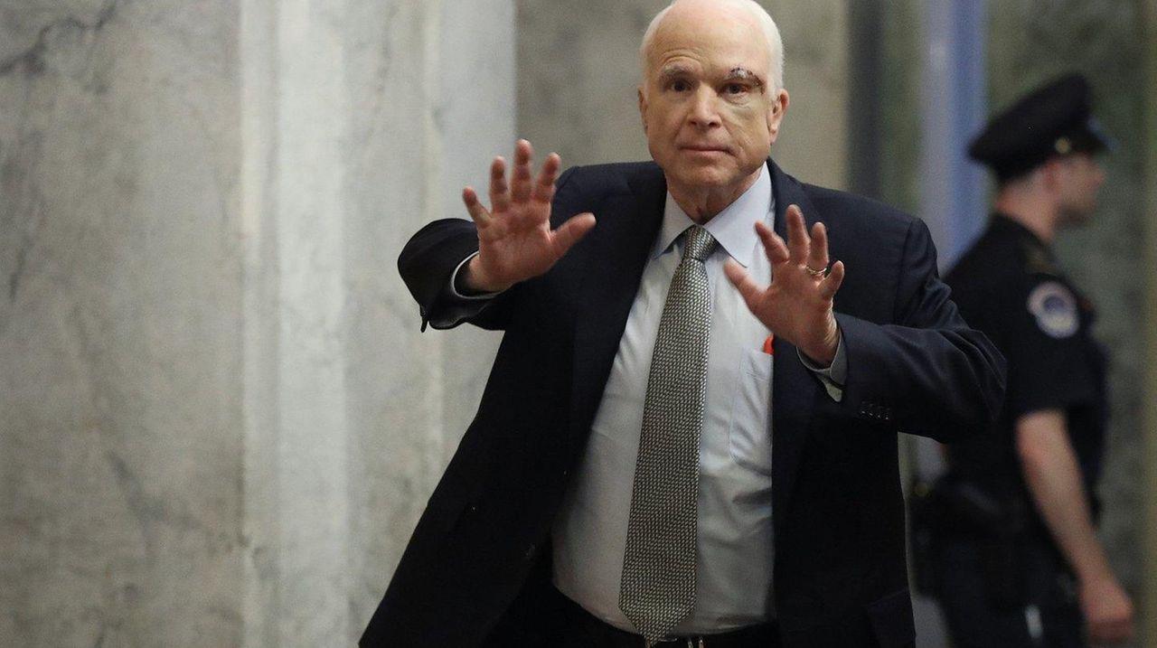 Sen. John McCain returns to the U.S. Senate