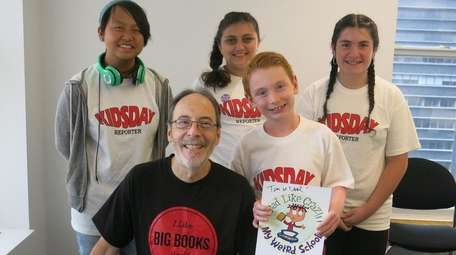Dan Gutman with Kidsday reporters, from left: Molly