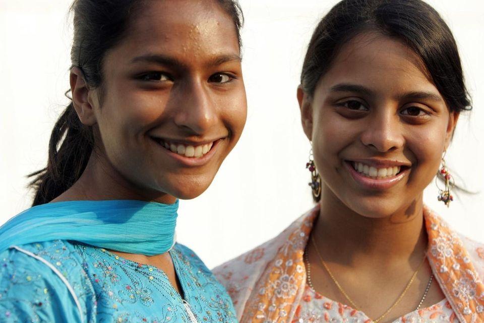 08/19/09--EAST MEADOW, NY--(L-R) Mumtahena Hanna, 14, and Sabrina