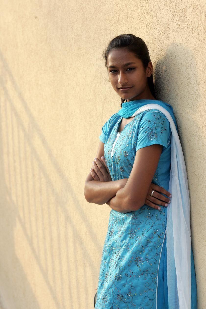 08/19/09--EAST MEADOW, NY--Mumtahena Hanna, 14, poses during the