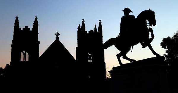 A statue of Confederate Gen. Jeb Stuart in