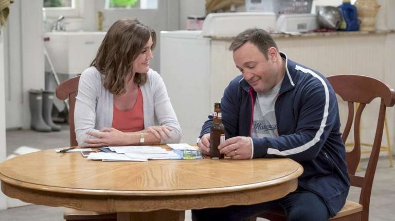 Erinn Hayes and Kevin James on