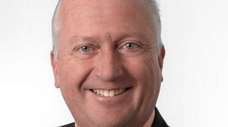 Wayne Grossé of Bayport has been elected chair