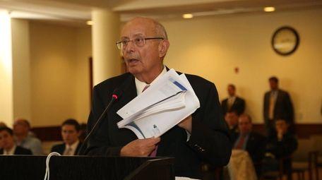 Former Sen. Alfonse D'Amato on May 23, 2016,