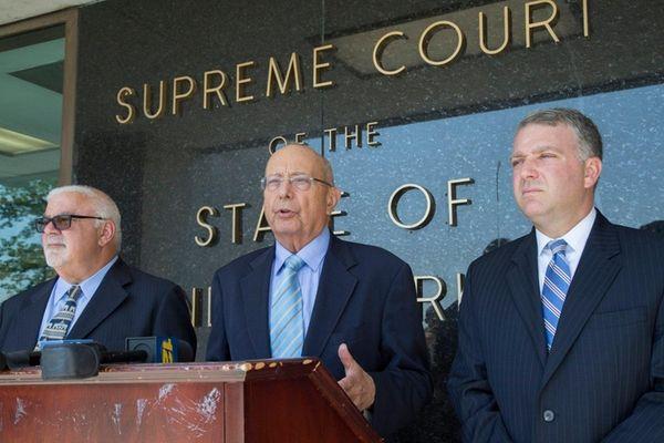 From left, attorneys Steve Cohn, former U.S. Sen.