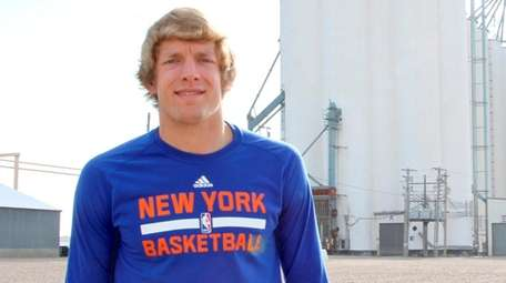 Knicks point guard Ron Baker at home in