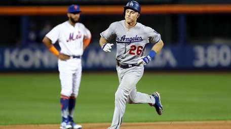 Chase Utley #26 of the Los Angeles Dodgers