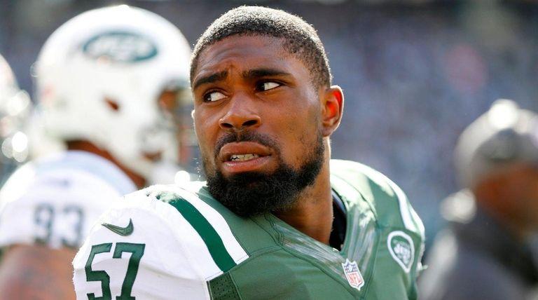 Victor Ochi of the New York Jets looks