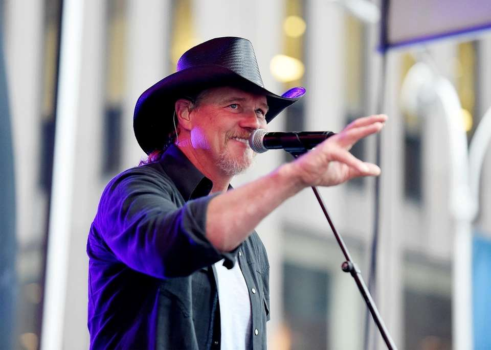Trace Adkins performs on the Fox News Channel