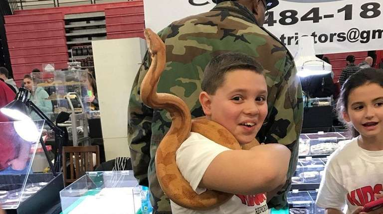 Kidsday reporter Alexander Sinatra makes friends with a