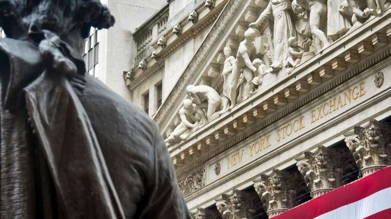 Federal Hall's George Washington statue stands near the