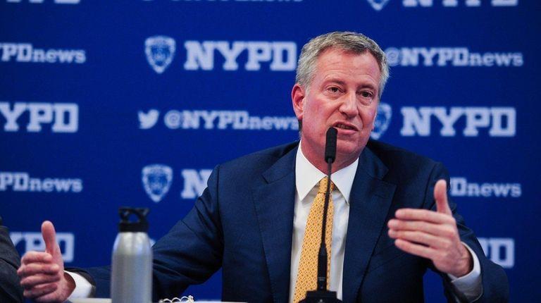 New York City Mayor Bill de Blasio scoffed