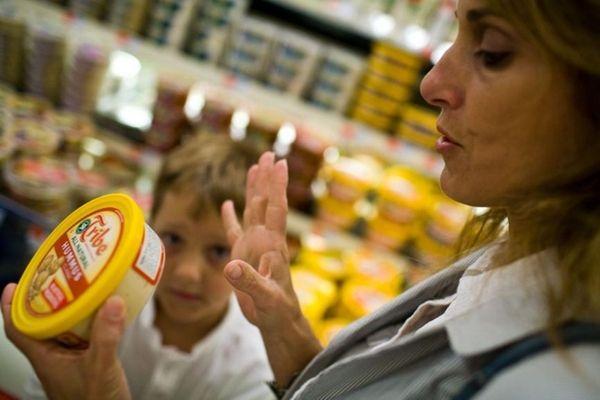Stony Brook nutritionist Josephine Connolly-Schoonen and her son,