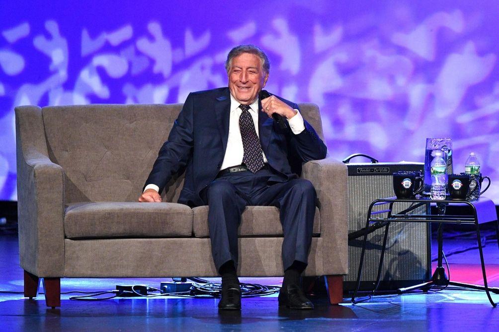 Tony Bennett at WCBS Newsradio 880's