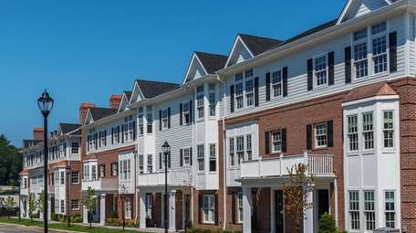 Roslyn Landing is a luxury condo and town