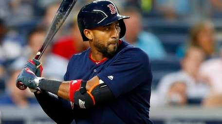 Eduardo Nunez of theRed Sox bats in the