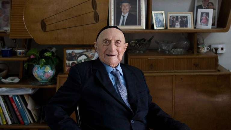 Holocaust survivor Israel Kristal at his home in