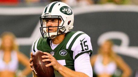 New York Jets quarterback Josh McCown during first