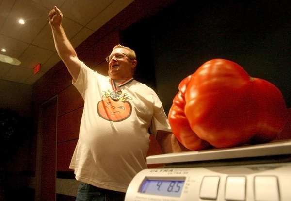 Harold Politano of Deer Park is crowned Tomato