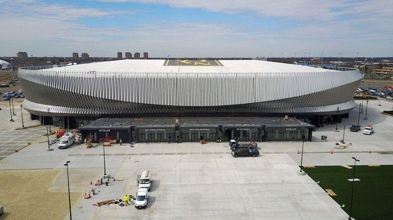 The Islanders will host the NHL Centennial Fan