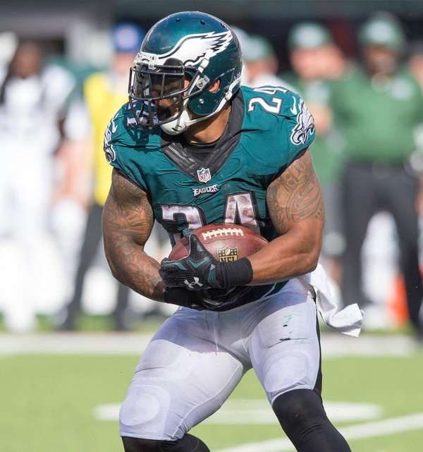 The Eagles have released running back Ryan Mathews.