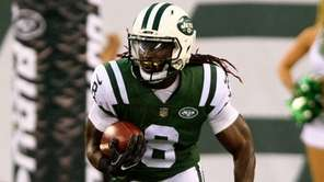 Jets receiver Lucky Whitehead returns a kick during