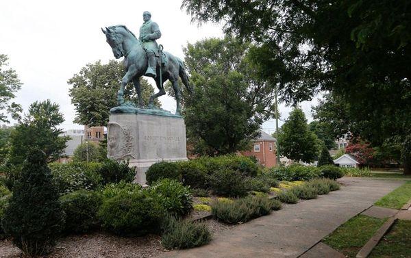 The statue of Confederate Gen. Robert E. Lee