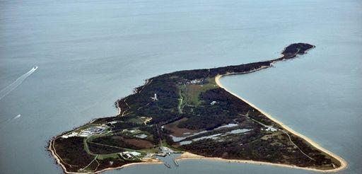 A Sept. 17, 2011, aerial photo of Plum