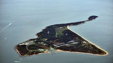 A Sept. 17, 2011, aerial photo of Plum