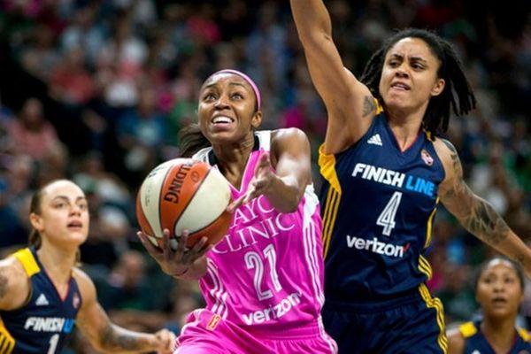 Minnesota Lynx guard Renee Montgomery shoots during the
