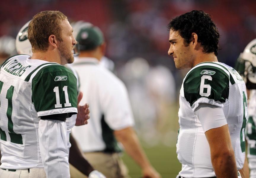New York Jets quarterback Kellen Clemens (11), and