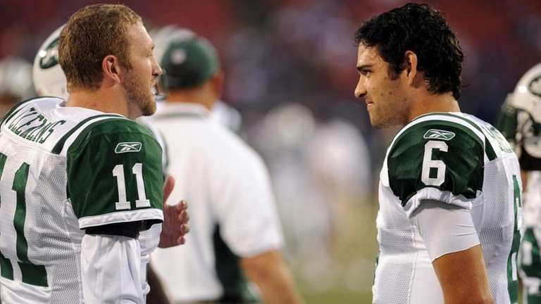 New York Jets quarterback Kellen Clemens (11), and