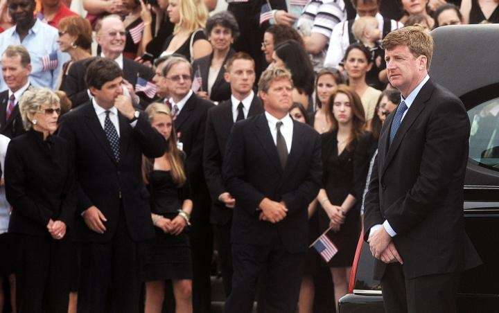 Rep. Patrick Kennedy (D-RI), center, son of the