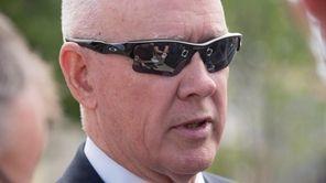 Mets general manager Sandy Aldersonspeaks to the media