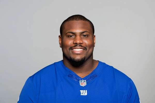 Giants lineman charged with domestic assault and battery