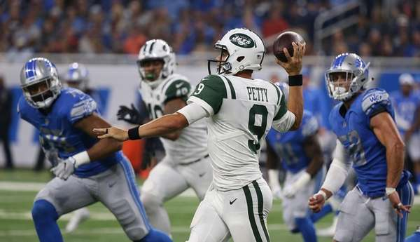 Bryce Petty of the New York Jets rolls
